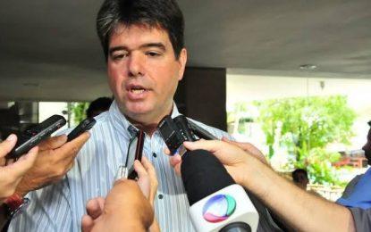 """""""É fundamental garantir o bolsa atleta e dar oportunidade aos jovens"""", defende Ruy Carneiro"""