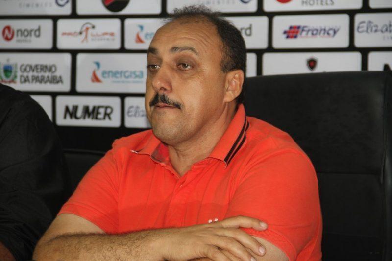 Renato Martins questiona o Ministério Público sobre a posse de Zezinho do Botafogo, réu por fraude no programa Gol de Placa