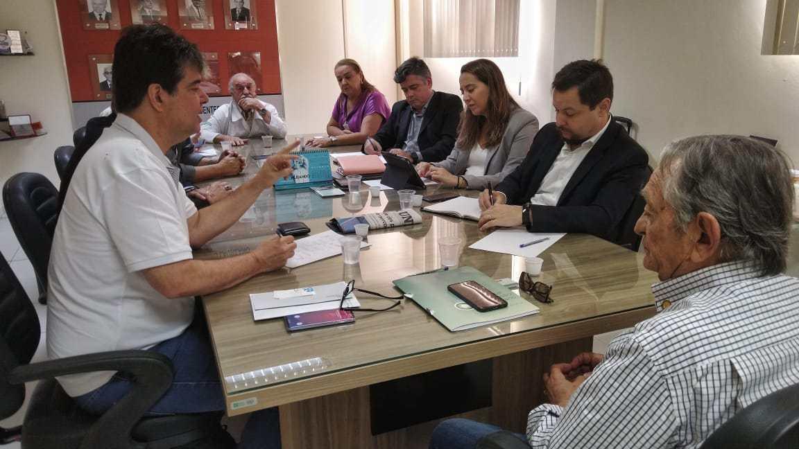 Ruy Carneiro destaca recursos para modernizar radioterapia do Hospital Napoleão Laureano