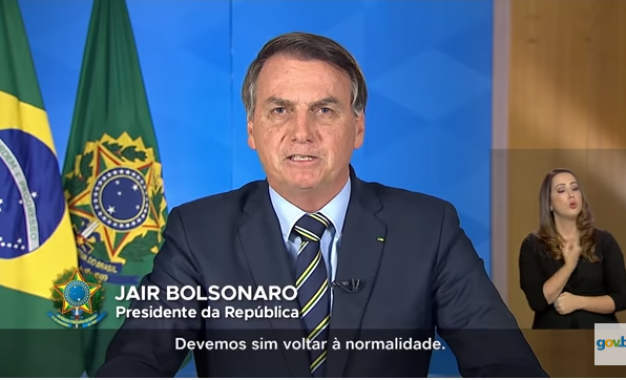Bolsonaro pede na TV 'volta à normalidade' e fim do 'confinamento em massa'
