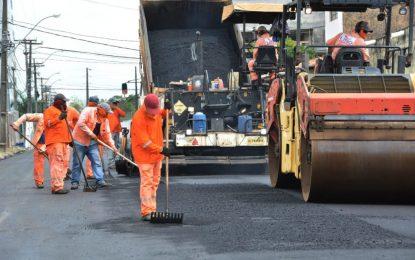 Programa Ação Asfalto da PMJP supera 190 km de vias asfaltados