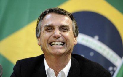 Governo federal retira R$ 83 milhões do Bolsa Família e destina à comunicação, mas o gado bolsonarista se cala