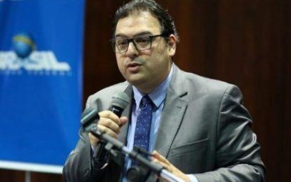 No Senado, advogado Marcelo Weick dialoga com ministros do TSE sobre o adiamento das eleições 2020