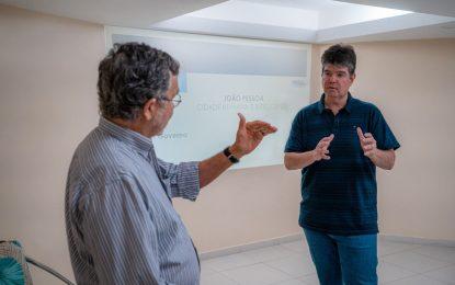 Emprego e reconstrução da economia de João Pessoa são o foco principal do programa de governo de Ruy Carneiro