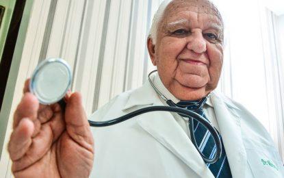 Médico Marco Aurélio Barros vai para a UTI após pegar Covid-19