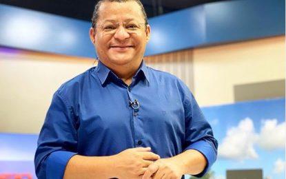 Durante entrevista, Nilvan Ferreira apresenta proposta para criação de Hospitais da Criança e do Idoso em JP