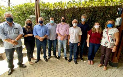 Cícero Lucena anuncia primeira secretária e os seis nomes da sua equipe de transição