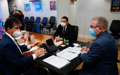Ruy se reúne com novo ministro da Saúde e apresenta projetos