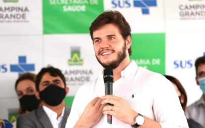 Prefeitura de CG vai lançar dois editais até quinta-feira com mais de 900 vagas, anuncia Bruno Cunha Lima