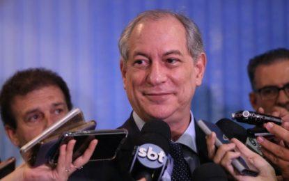 VÍDEO: Ciro Gomes diz que Brasil teve mesmo modelo econômico com FHC, Lula, Dilma e Bolsonaro