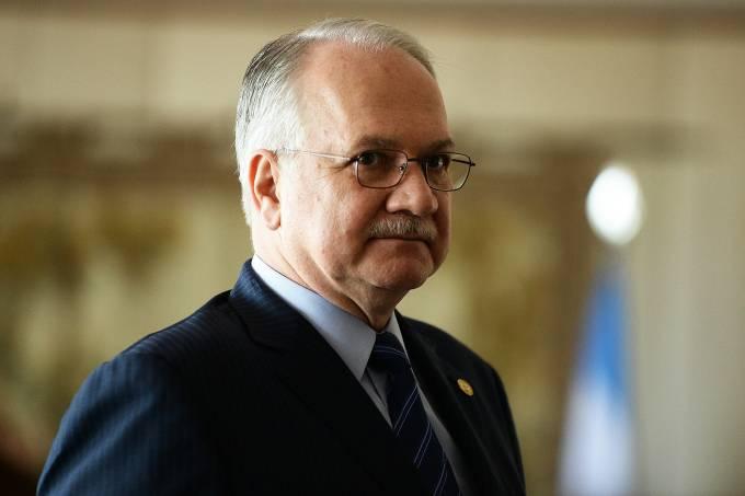 Fachin cita risco do 'populismo autoritário' e alerta: 'é antessala do golpe'
