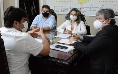 Em audiência com João, Karla Pimentel solicita obras nas áreas de segurança, educação e infraestrutura de Conde