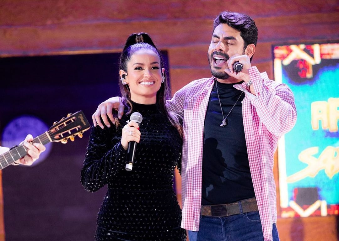 Juliette e Rodolffo cantam em live e reforçam 'shipper na web' por namoro