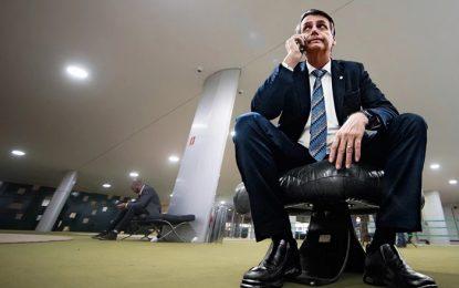 MAMATA PATRIOTA: Bolsonaro gasta R$ 5,8 milhões com cartão corporativo em apenas 8 meses