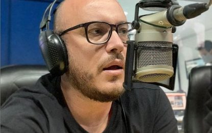 Jornalista Thiago Moraes deixa o programa Correio Debate