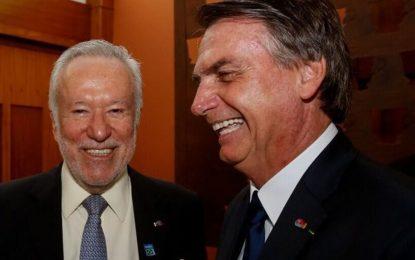 Bolsonarista Alexandre Garcia é demitido da CNN após defender tratamento precoce