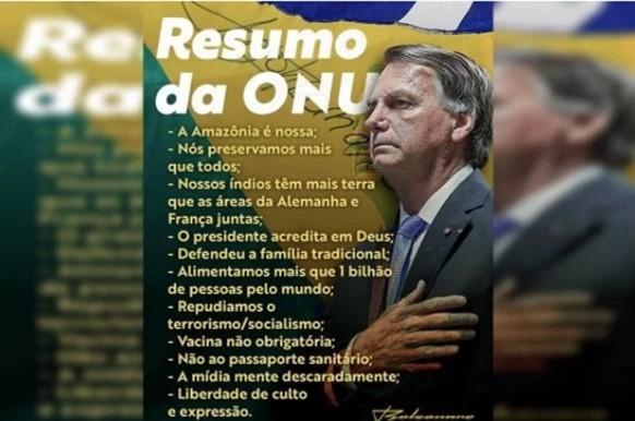 Bolsonaro publica foto no Twitter em que aparece com 6 dedos