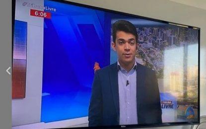 """PASTORA OSTENTAÇÃO: Na TV, jornalista Bruno Pereira critica Renallida Carvalho, """"não podemos pagar ingresso para ouvir a palavra de Deus!"""""""
