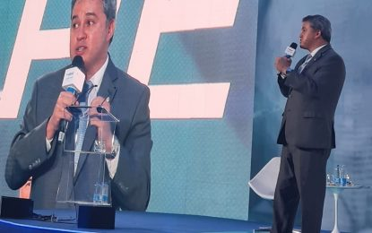 """""""Pensar no futuro da economia é pensar em mais oportunidades de emprego para a população"""", comenta Efraim em evento da ABRAS"""