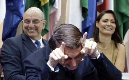 """Bolsonaro recua e diz que ameaças a Moraes """"decorreram do calor do momento"""""""
