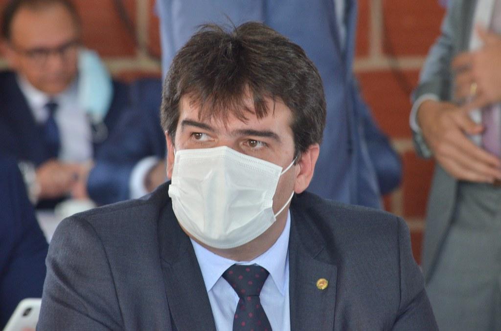 Eduardo Carneiro destaca que, com aumento da vacinação, setor de serviços cresceu 1,1% em julho