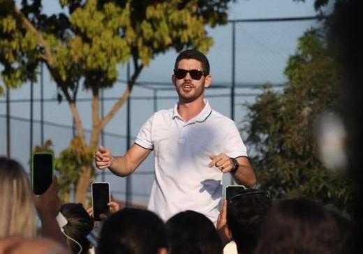 Candidato a prefeito derrotado em Pedras de Fogo, Lucas Romão acumula ilegalmente empregos na ALPB e prefeitura de Santa Rita
