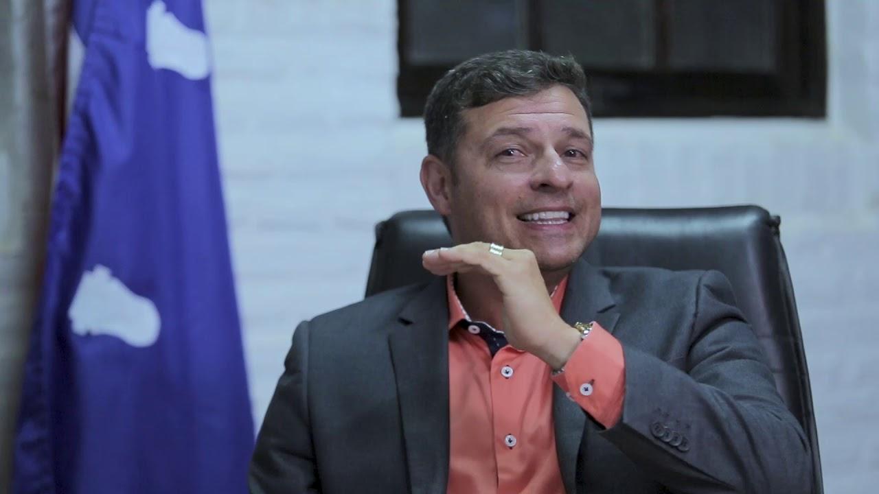 Mais uma denúncia por corrupção e Vitor Hugo já pode pedir música no Fantástico