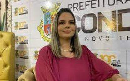 TRE derruba decisão e mantém Karla Pimentel no comando da Prefeitura de Conde